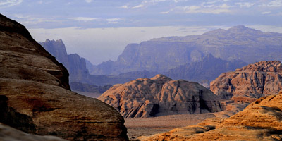 Visit Wadi Rum in Jordan in your way to Petra