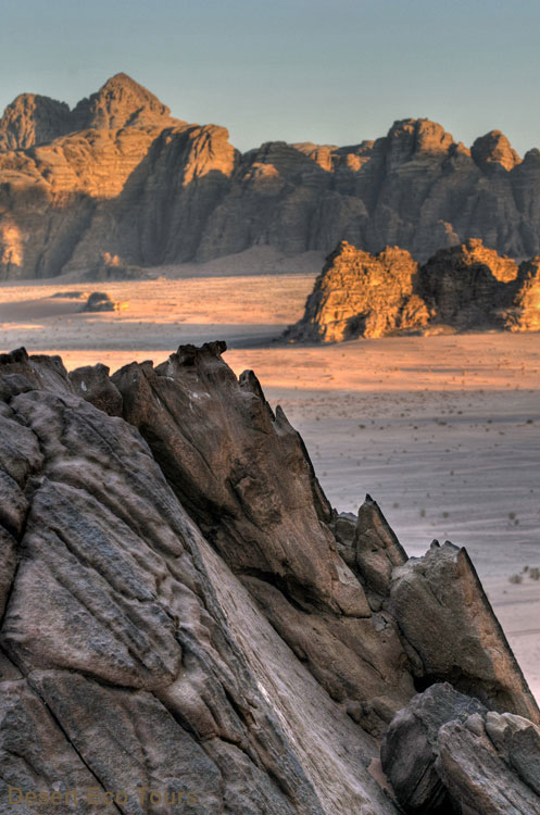 Tours in Jordan: Wadi Rum by jeeps
